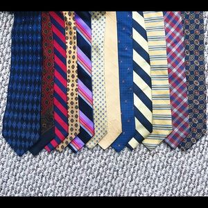 Lot of 12 Tommy Hilfiger Tie Neckties 100% silk